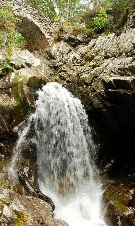 hiking at bruar falls